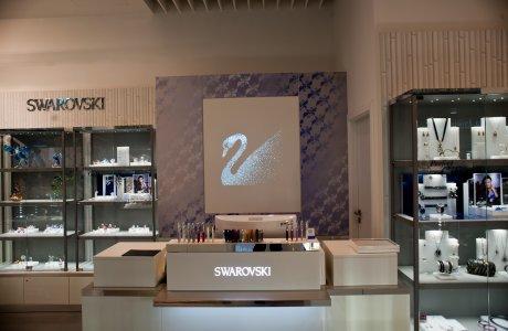 SWAROVSKI Bory Mall